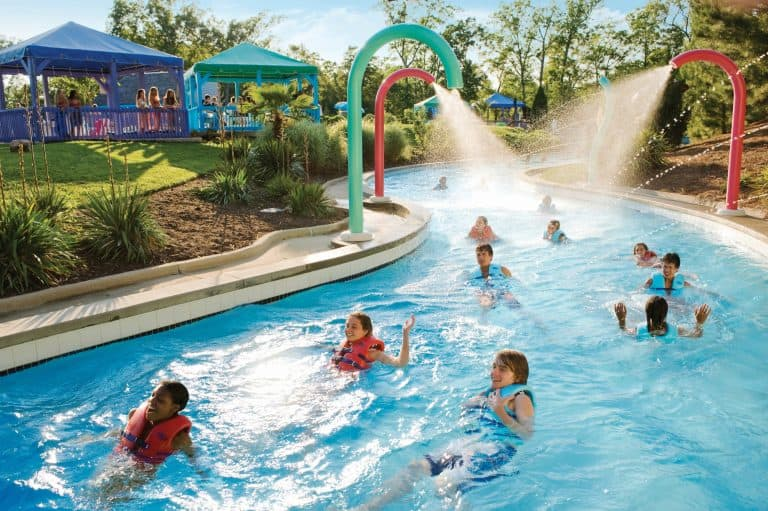 Fun things to do in Williamsburg families at Water Country USA