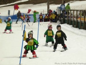 kids-ski-parade