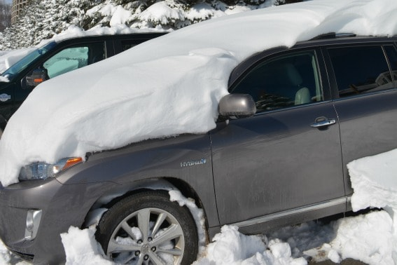 Car Snowstorm Blizzard Pennslyvania