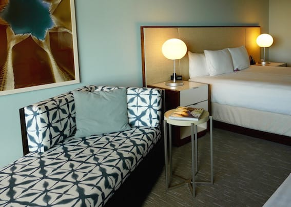 Hyatt-Regency-Waikiki-Beach-Best-Oahu-Hotels