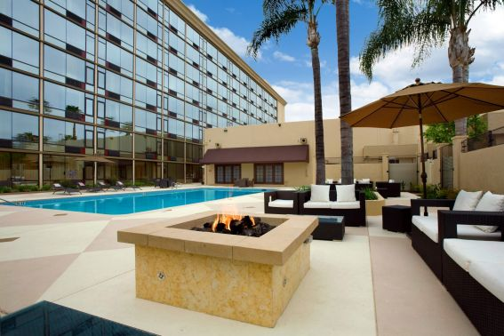 With a stay at Red Lion Hotel Anaheim Resort in Anaheim (Anaheim Resort), you'll be.