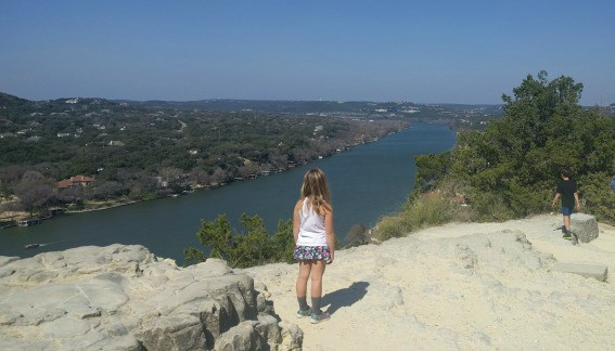 View-from-Mt.-Bonnell-Austin-Texas-Trekaroo