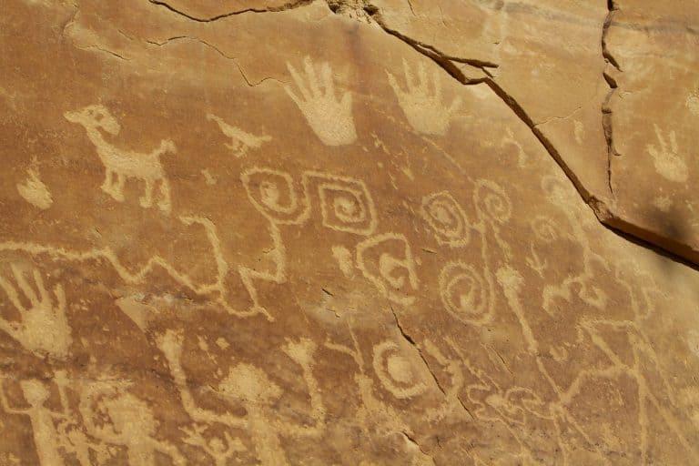 Mesa verde Petroglyphs