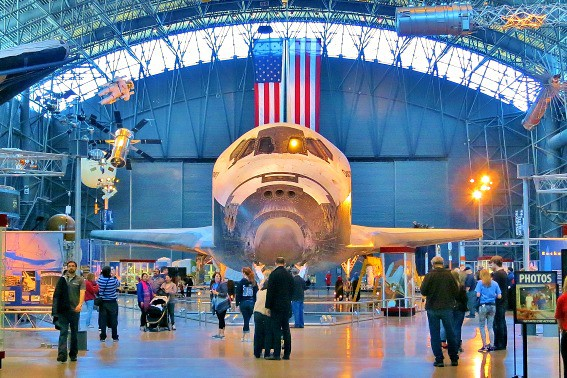Space Shuttle Discovery Udvar Hazy Center Dulles Virginia
