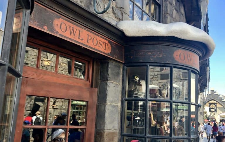 Wizard World of Harry Potter in Hollywood Owl Post
