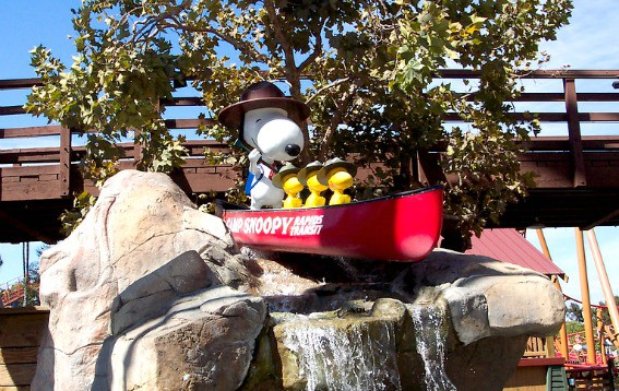 Camp-Snoopy-Knotts-Berry-Farm-Flickr-Chelsea-Nesvig