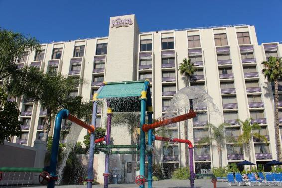 Did you know Knott's Berry Farm has a hotel? Stay onsite to get easy access to the park, free parking, and free kid's meals