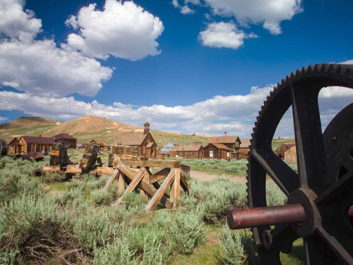 Road School: Experience History on California's Scenic Route 395