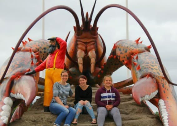 Shediac-Lobster-Sculpture-Laura-Snow-Trekaroo