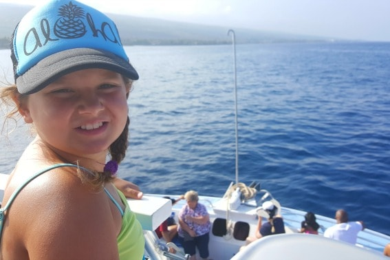 take-a-family-friendly-boat-tour-while-on-the-big-island-of-hawaii