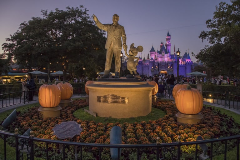 disneyland-halloween-castle-by-disney-parks