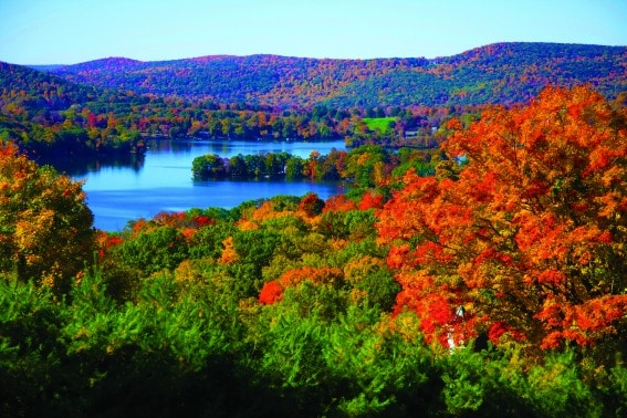 Lake Waramaug New England fall foliage