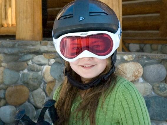 helmet-ski-snowboard-trekaroo