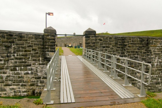 eastern canada history fort levis