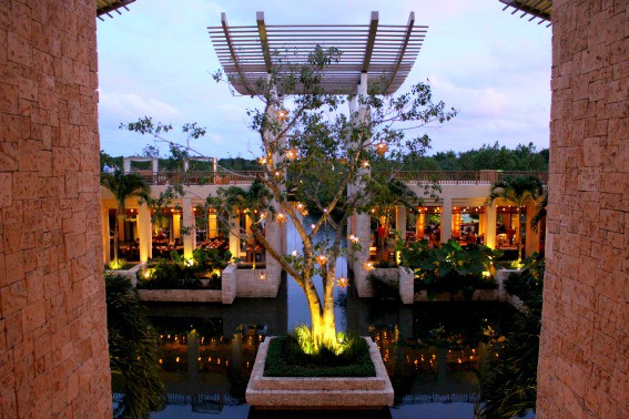 Banyan-Tree-Mayakoba-luxury family vacation
