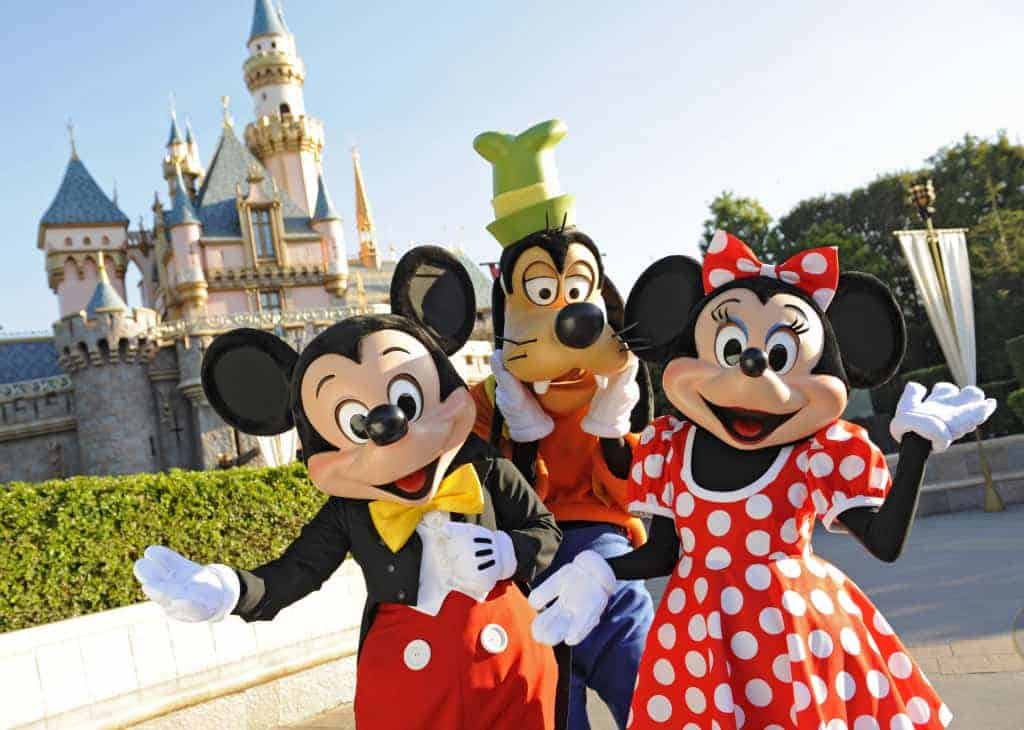 78 Disneyland Tips and Tricks for Your First Trip