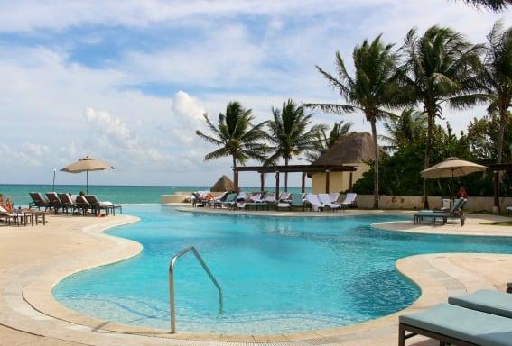 Pool-Beach-Fairmont-Mayakoba-Trekaroo-Michelle-McCoy