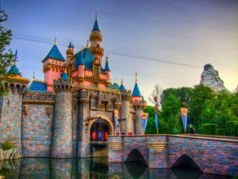 15 Money Saving Tips for Disneyland Deals