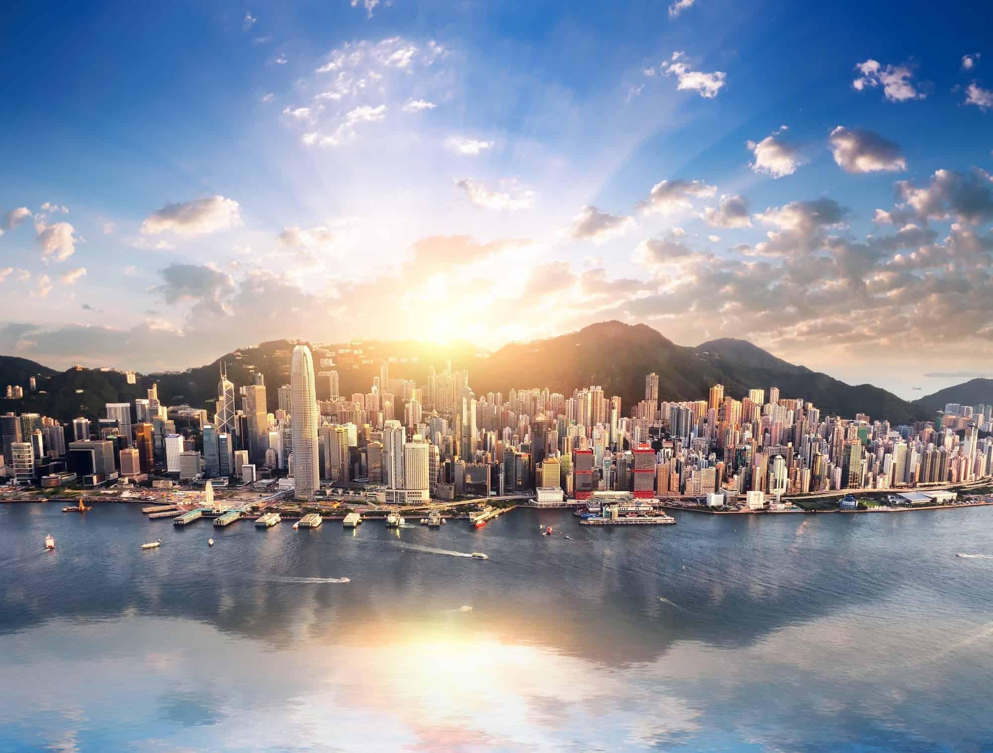 Hong Kong Tourist: A First-Timer's Guide to Hong Kong