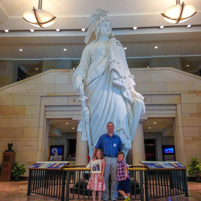 Things to do in Washington DC with Kids tour the US Capitol