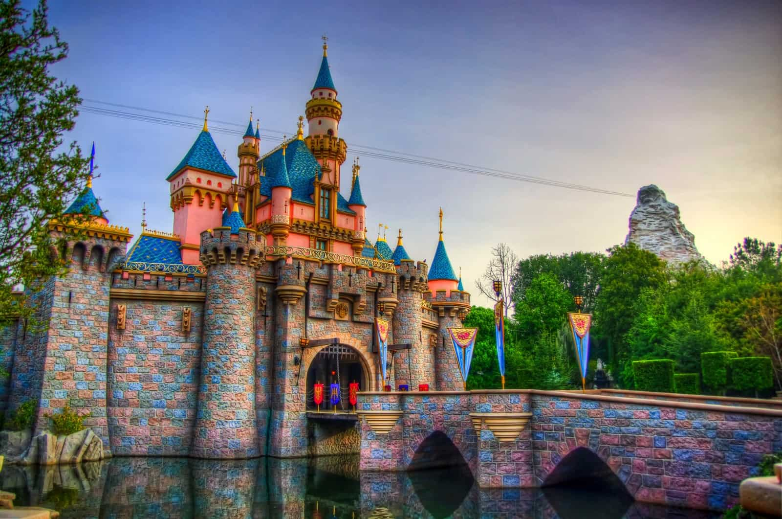 15 Money Saving Tips for Disneyland Deals  Enter to Win