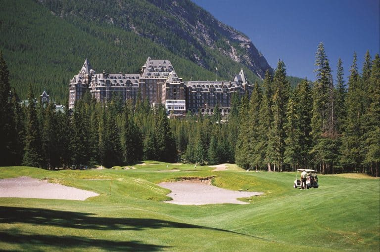 things to do in Banff national park golf