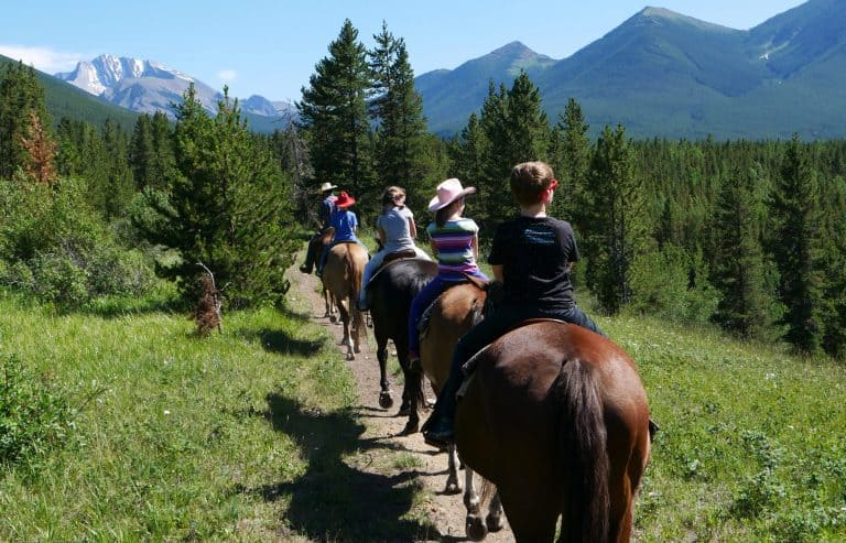 things to do in Banff National Park horseback riding