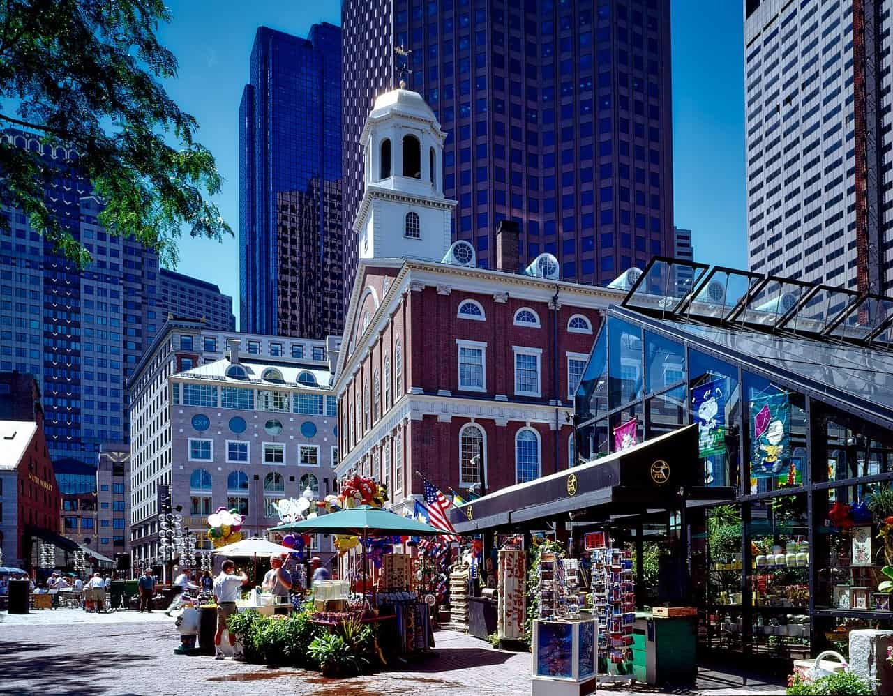 Faneuil Hall and Quincy Market are great places to visit in Boston