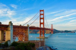 Things to do in California with kids visit the Golden Gate Bridge