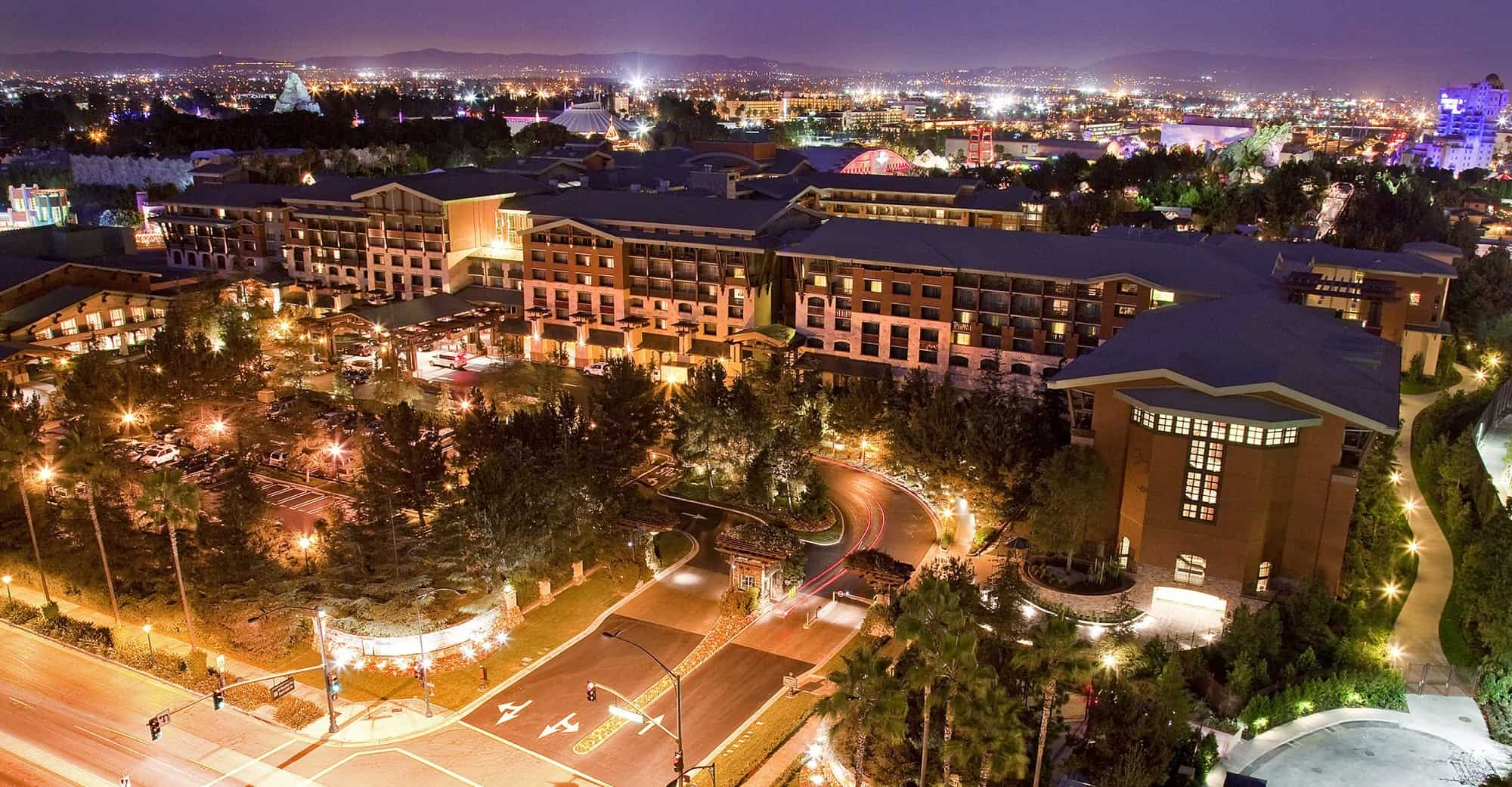 The 12 Best Hotels Near Disneyland for Families