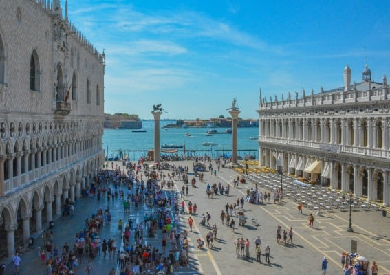 A Family Guide to Experiencing the Magic of Venice with Kids 8