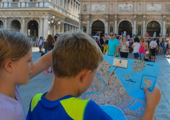 exploring the map and getting lost while discovering what to do in venice