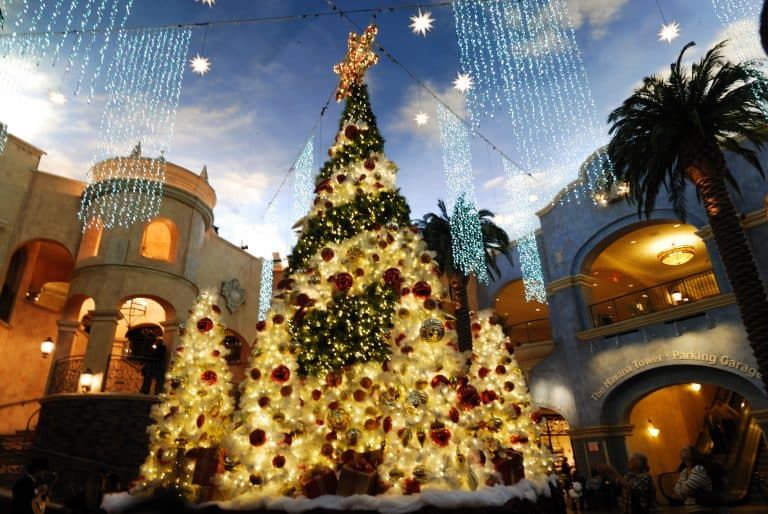 Christmas in New Jersey Tropicana PHoto by flickr quintanomedia