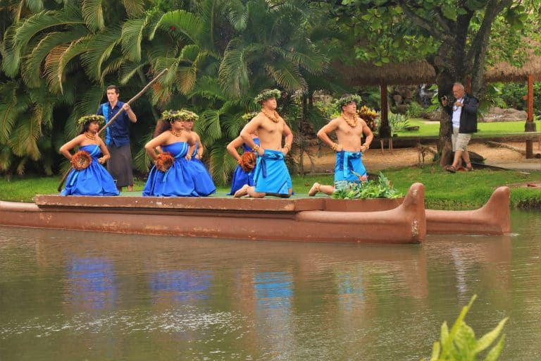 Visit the Polynesian Cultural Center on a Hawaii Family Vacation