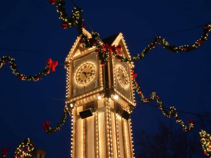 Williamsburg Christmas Events 2021