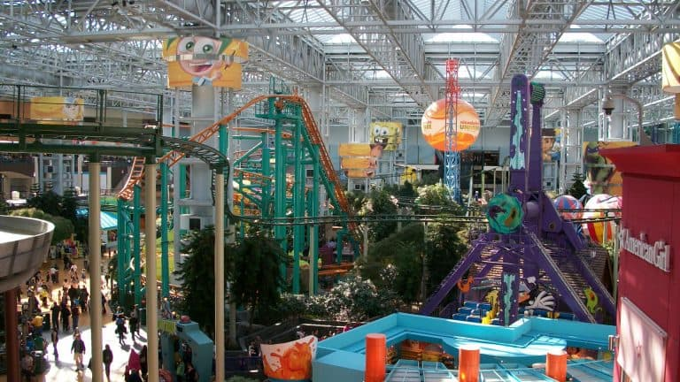 Christmas events in Minneapolis Mall of America