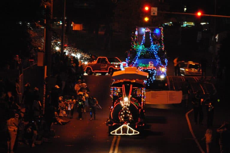 Hawaii Christmas events Big Island