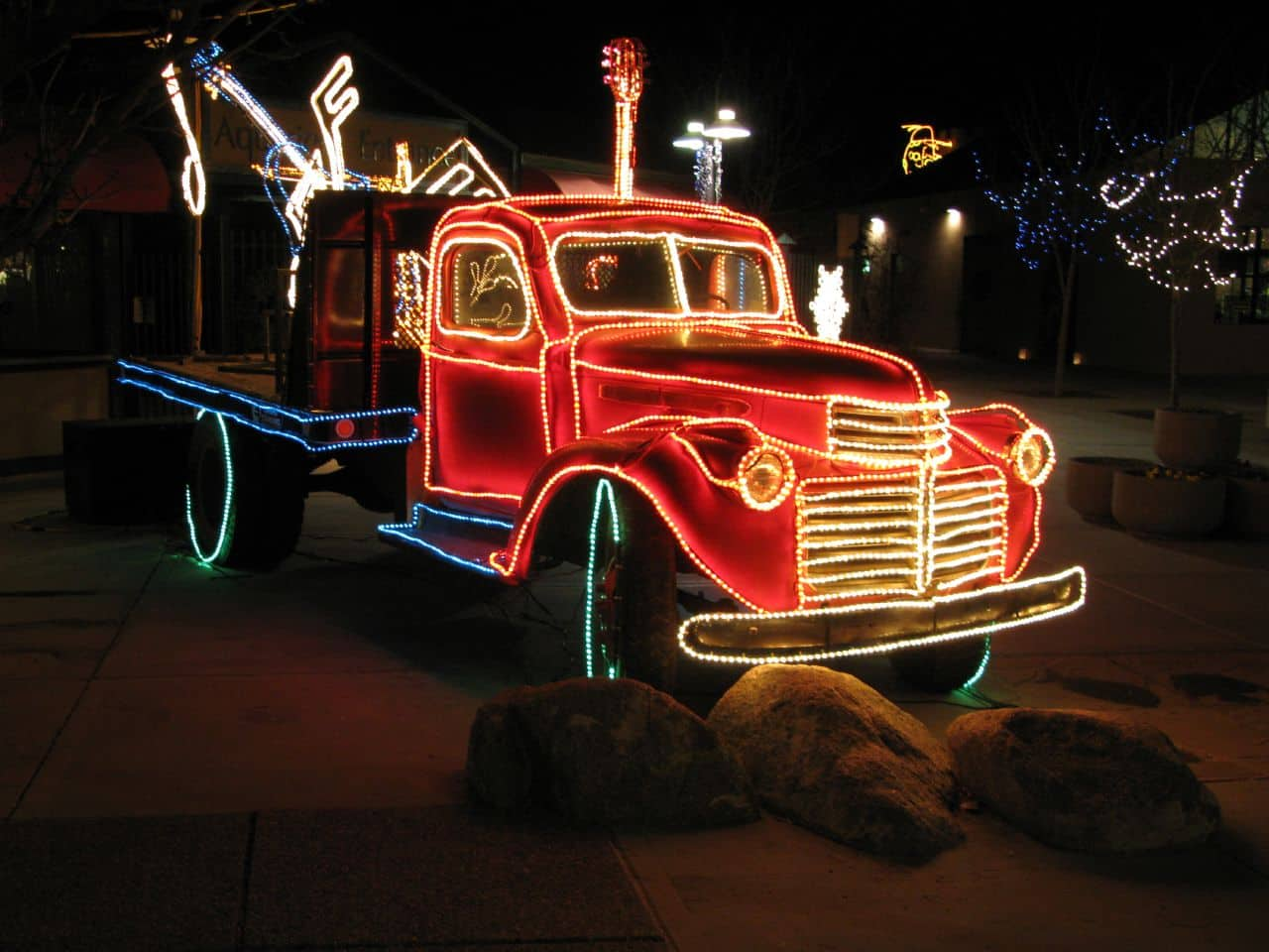 christmas-events-in-albuquerque-light-parade