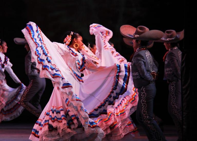 christmas-events-in-albuquerque-mariachi
