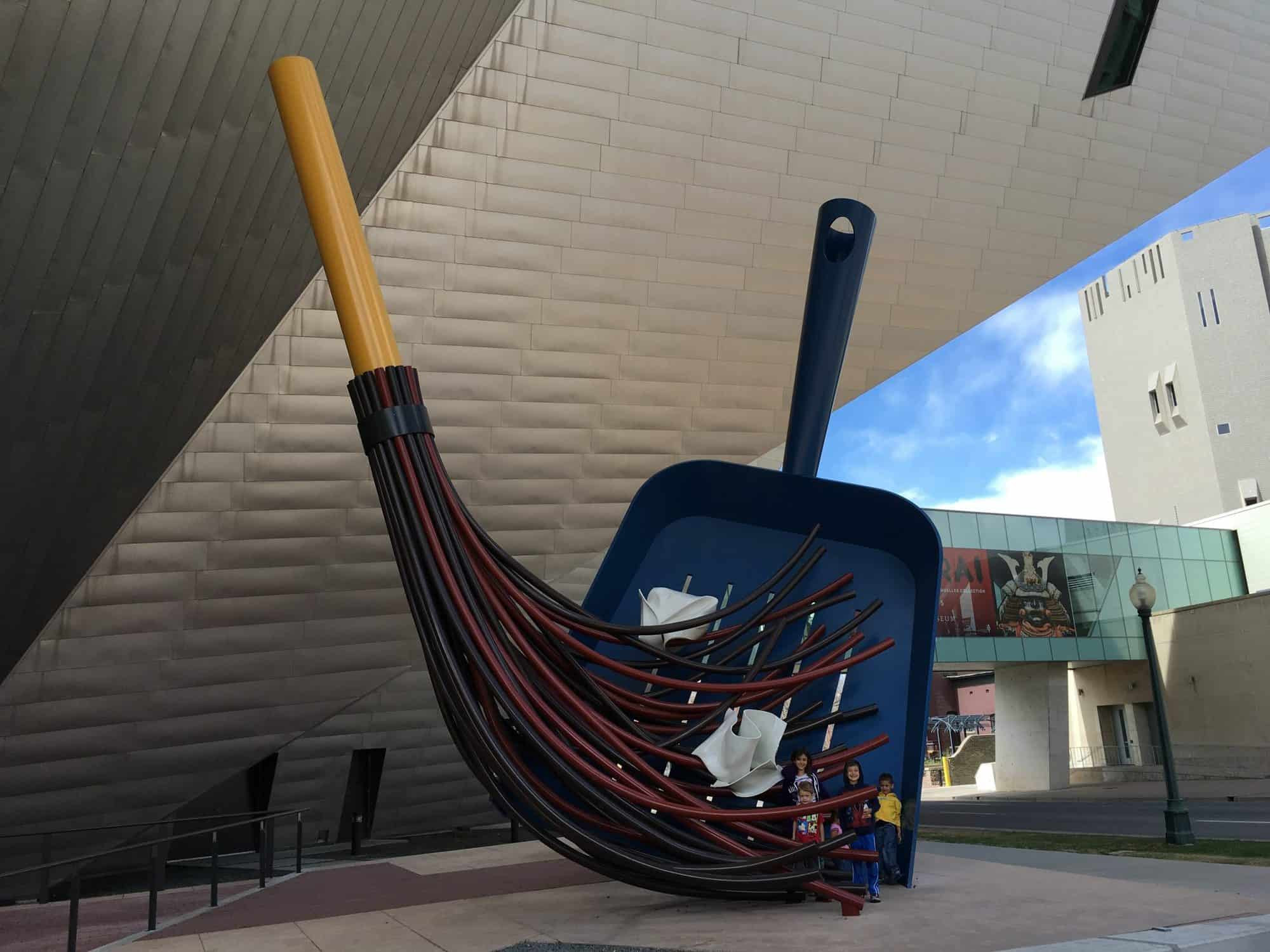christmas-things-to-do-in-denver-art-museum-by-tiffany-vaughn