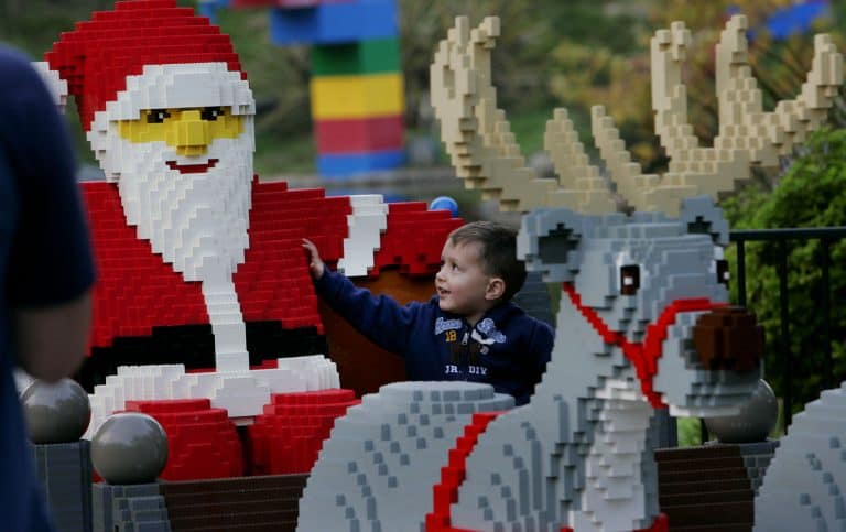 holidays at theme parks legoland