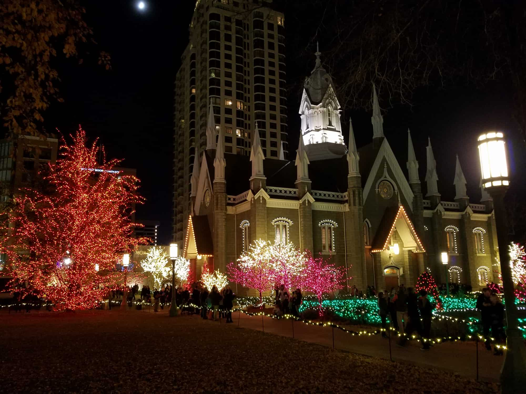 salt-lake-city-christmas-events-temple-lights-by-