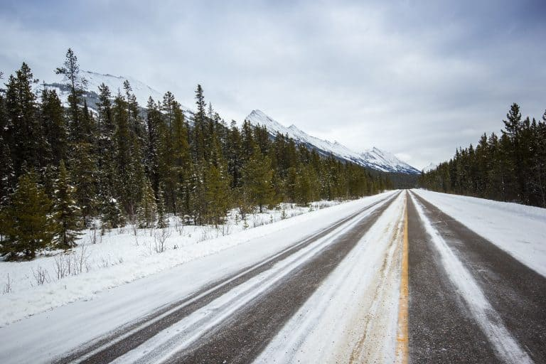 Banff National Park in the Winter - How to get there Banff in Winter