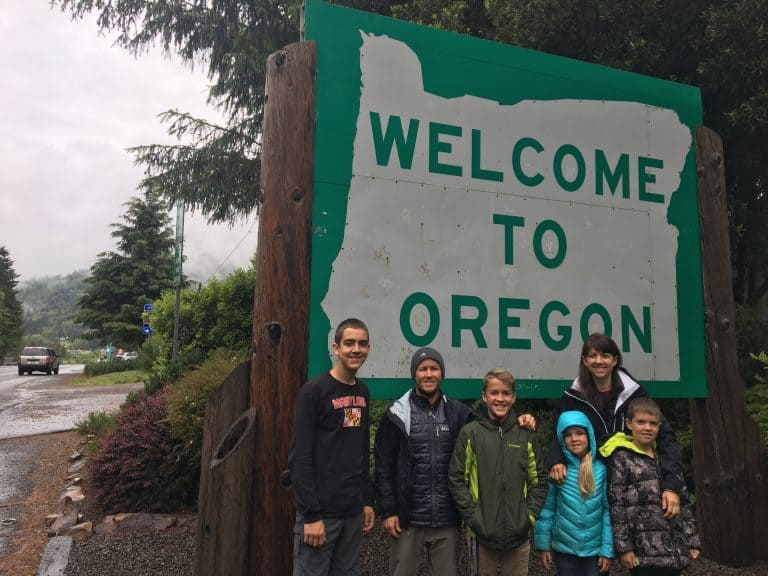 Oregon-State-Sign-with-families-by-Michelle-McCoy Redwood National Park with kids