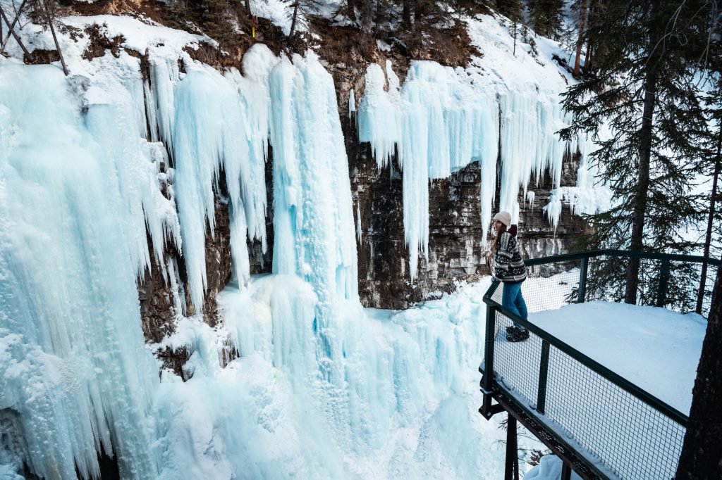 Top 8 Incredible Things to Do in Banff in Winter 3