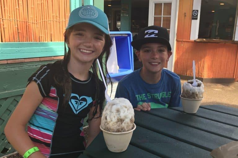 JoJos Shave Ice Kauai with kids