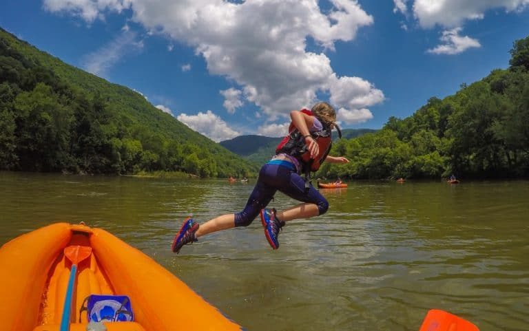New River Rafting Adventures on the Gorge West Virginia Resorts