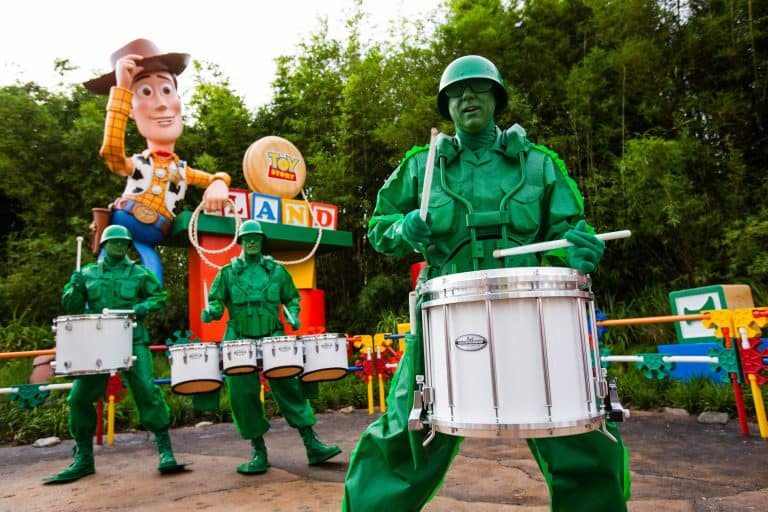 Toy Story Land Green Army Men
