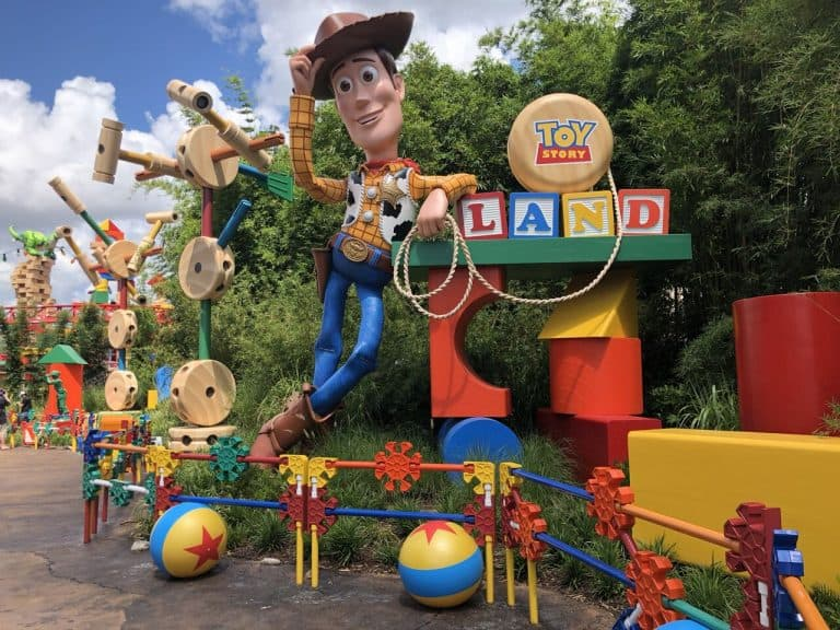 8 Fun Things To Do In Disney World S New Toy Story Land Trekaroo Blog