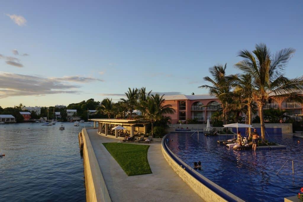 Bermuda Fairmont Princess Infiniti Pool